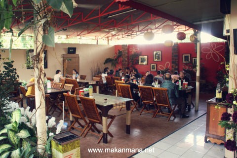 ondo interior dalam OnDo Batak Grill