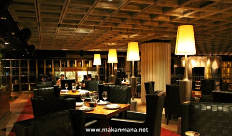 interior prime steak house JW Marriot 03