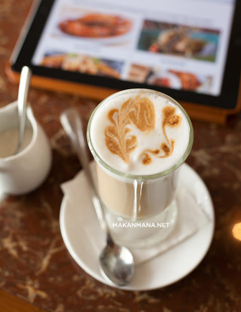 cafe latte Ala Carte Darnia Cafe & Dining