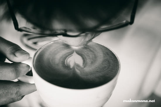 Coffee 45 leo slurping latte