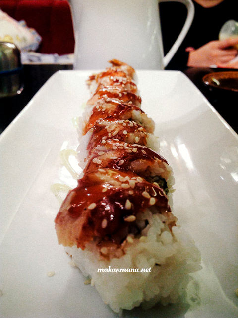 beef roll sushi Wasabi Nami Japanese restaurant, revisited