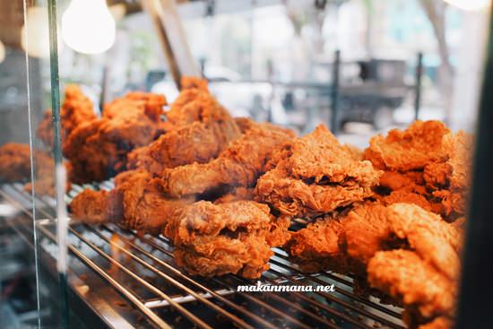 Top Fried Chicken Cemara Asri
