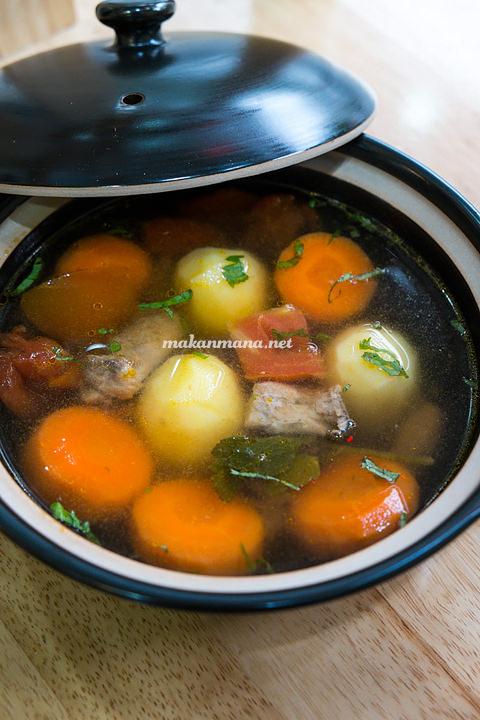 Berkah Vegetarian sop buntut Berkah Vegetarian, Jalan Serdang Ujung