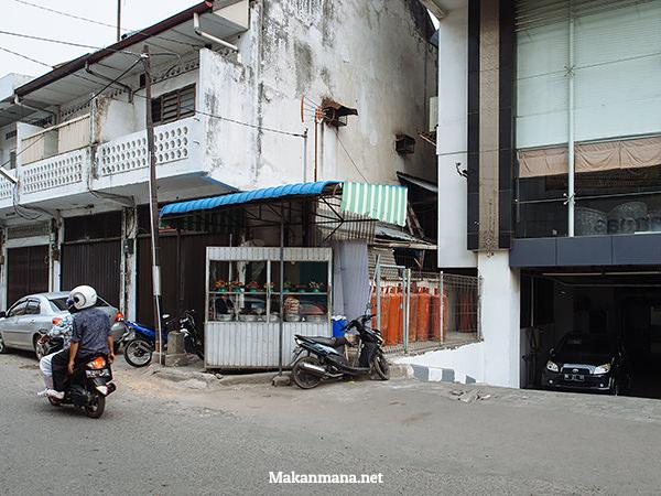 warung nasi mangkubumi hermes tabona