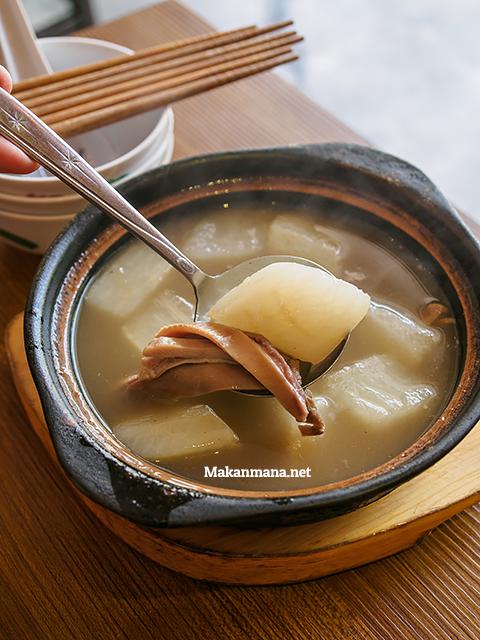 sup perut babi