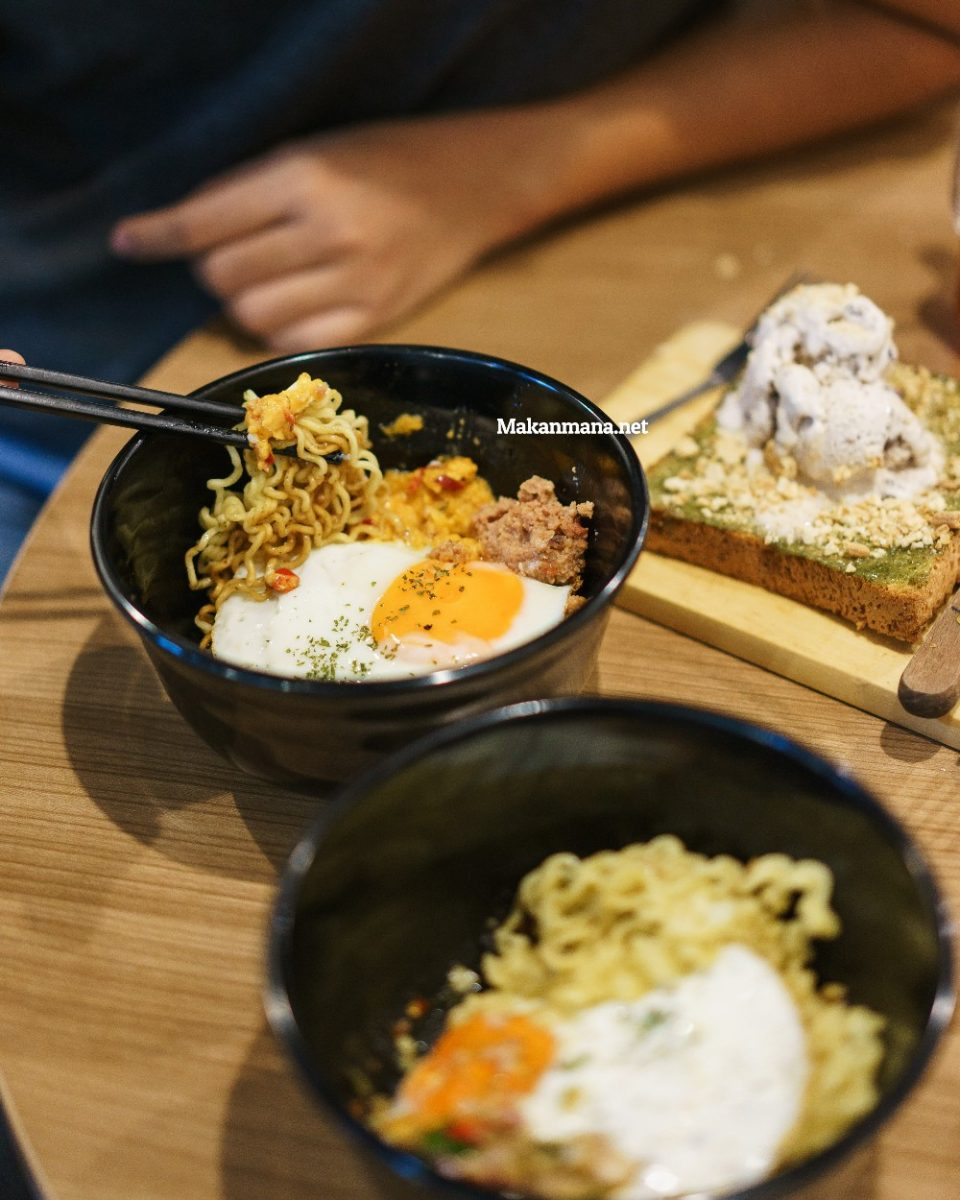 Rumah Ropang — Do They Bring Indomie to The Next Level? (Closed) 2