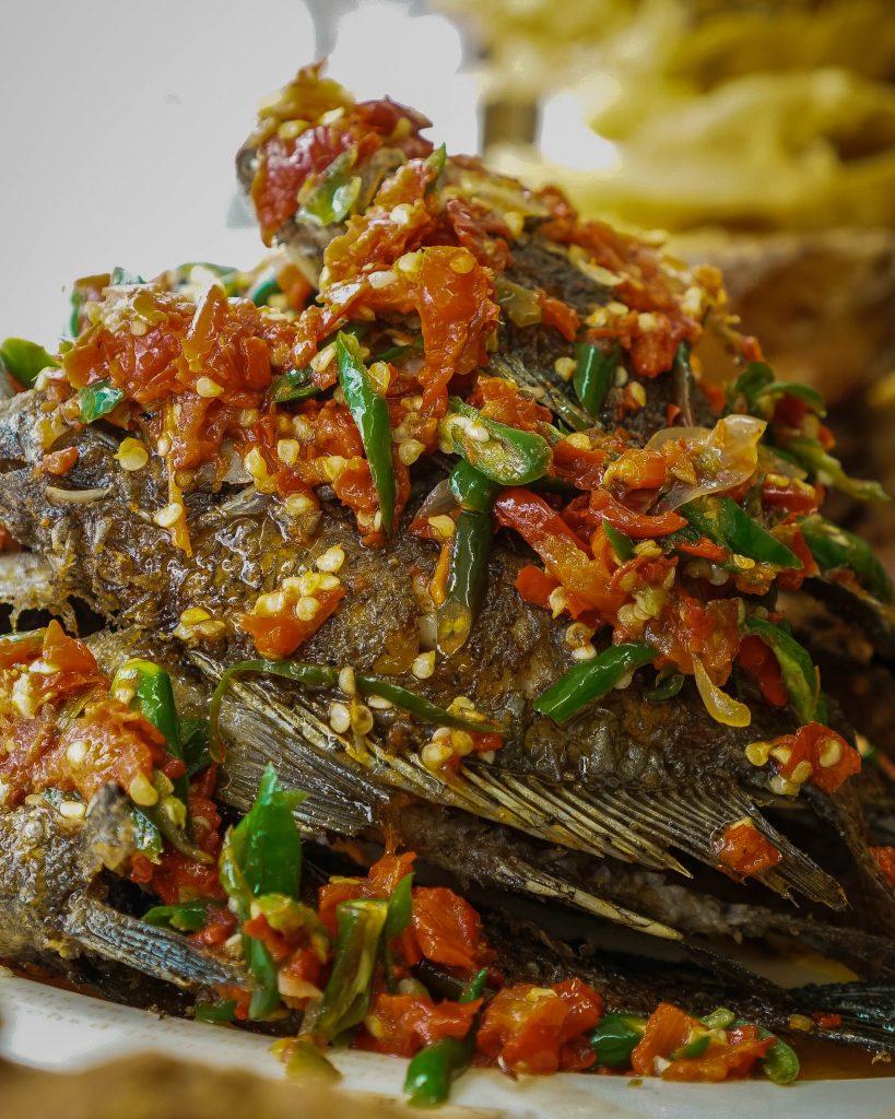 Hidangan Teras Asyifa: 'Nasi Khas Minang ini Belum Pernah Mengecewakan' 9