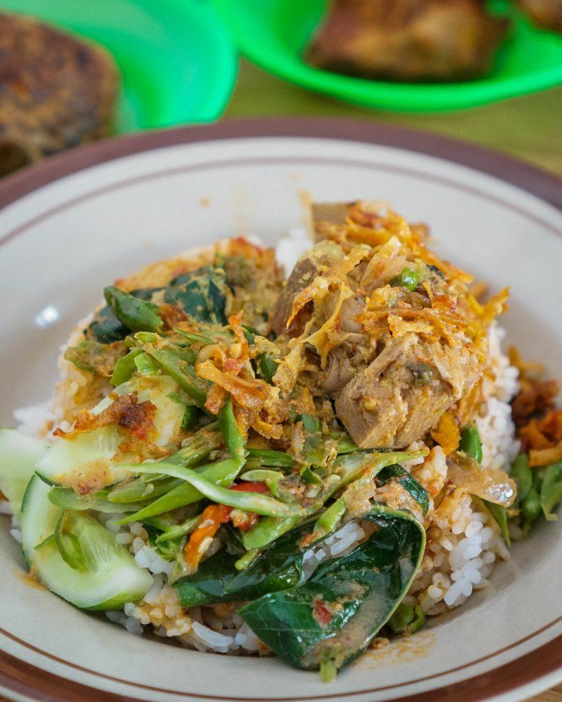 Hidangan Teras Asyifa: 'Nasi Khas Minang ini Belum Pernah Mengecewakan' 10