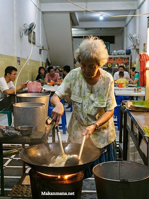 100 Must Eat Local Street Food in Medan 2019! 55