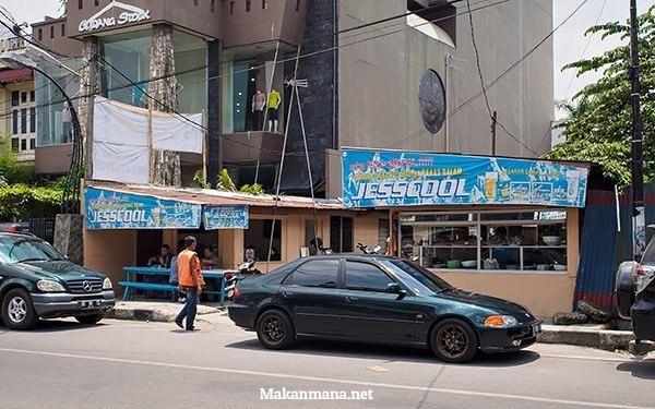 rumah makan cabe ijo halal
