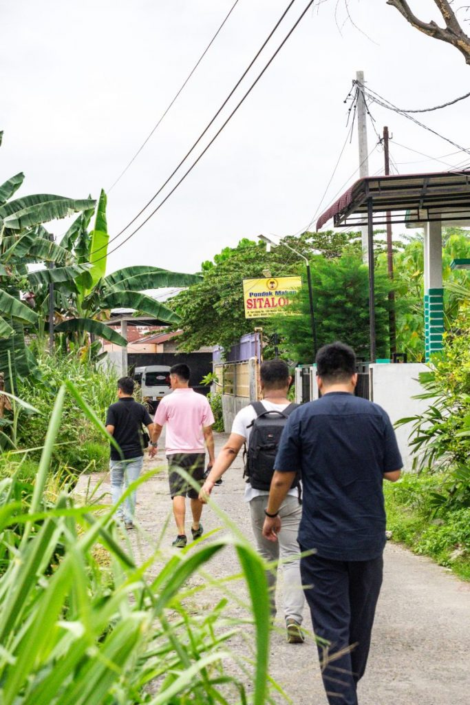 Pondok Makan Sitalolo - Ternyata Begini Kuliner Tepi Danau Khas Batak! 2